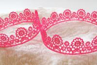 Kanten kroontjes roze