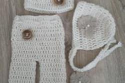 Newborn broekje met mutsjes (setje)